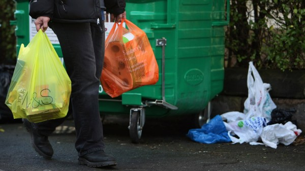 5p plastic bag charge: what do you need to know? – Channel ...