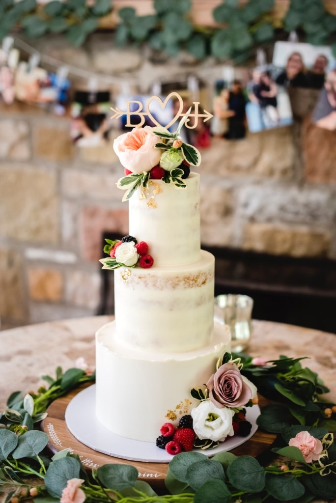 Greensburg wedding cakes