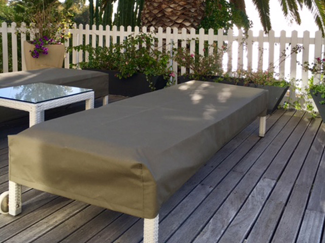 Olive pool lounger