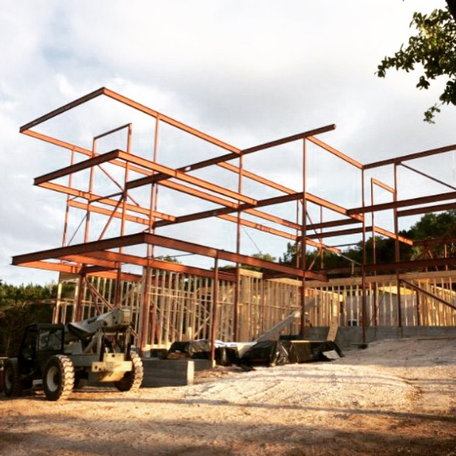 Foursquare Builders Project Managers understand the precise and tactical requirements needed to build structural steel and glass homes such as this one we have under construction in Austin, TX.