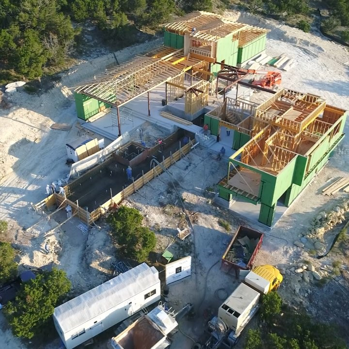 Just love how this home is coming together so nicely. Trusting and confident clients who understand Foursquare Builders professional approach to construction. Build by @foursquarebuilders Designed by @lankerani_architecture Drone pilot @redpantsstudio