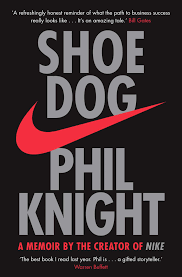 Shoe Dog Lingua inglese : A Memoir by the Creator of NIKE: Amazon.it:  Knight, Phil, Knight, Phil: Libri in altre lingue