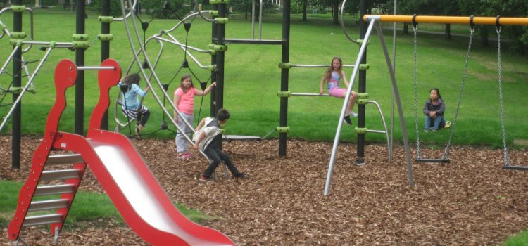 New Play Area Opens on the Park