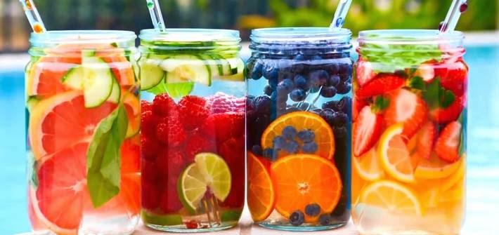 Infused Water Kurma Minuman yang Cocok Saat Puasa