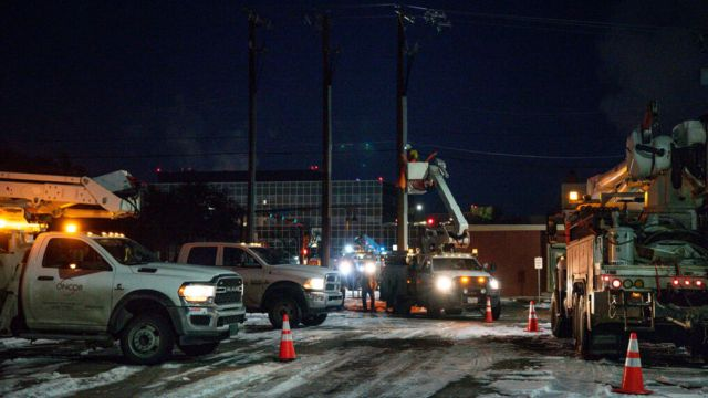 Texas death toll from February storm, outages surpasses 100 | WTGS