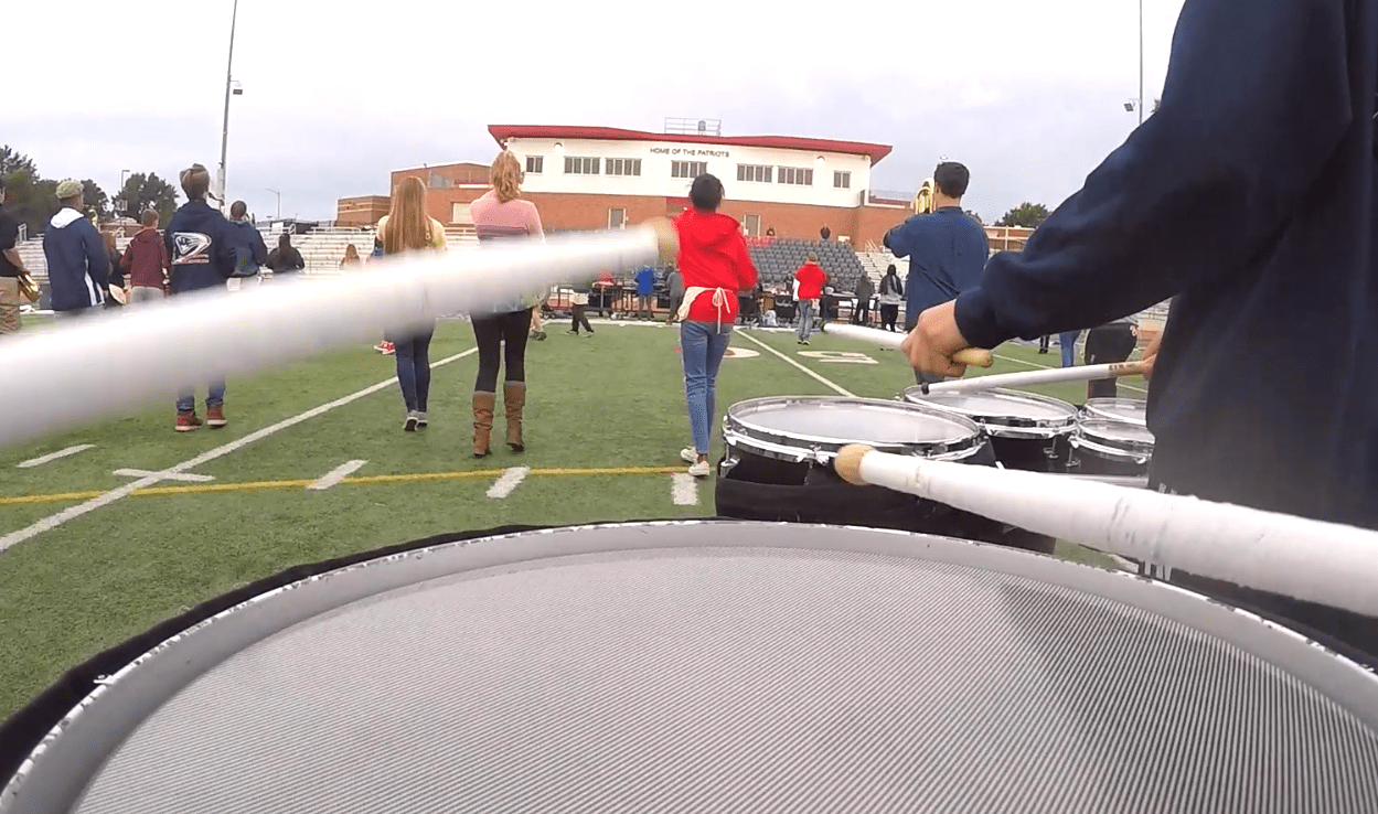 picture of snare drum in marching band