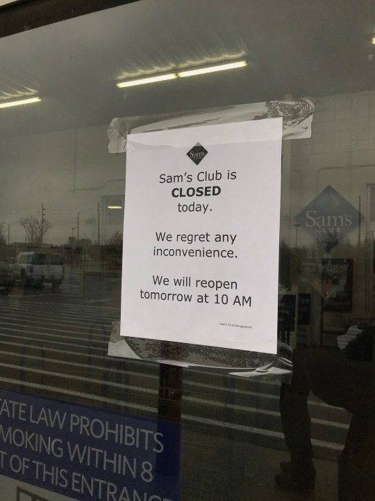 sam s club to close two stores in