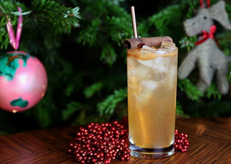 Rudolph Collins cocktails for winter weddings