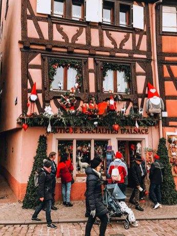 Façades maisons de Colmar à Noël