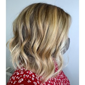 The look created by Balayage is multidimensional