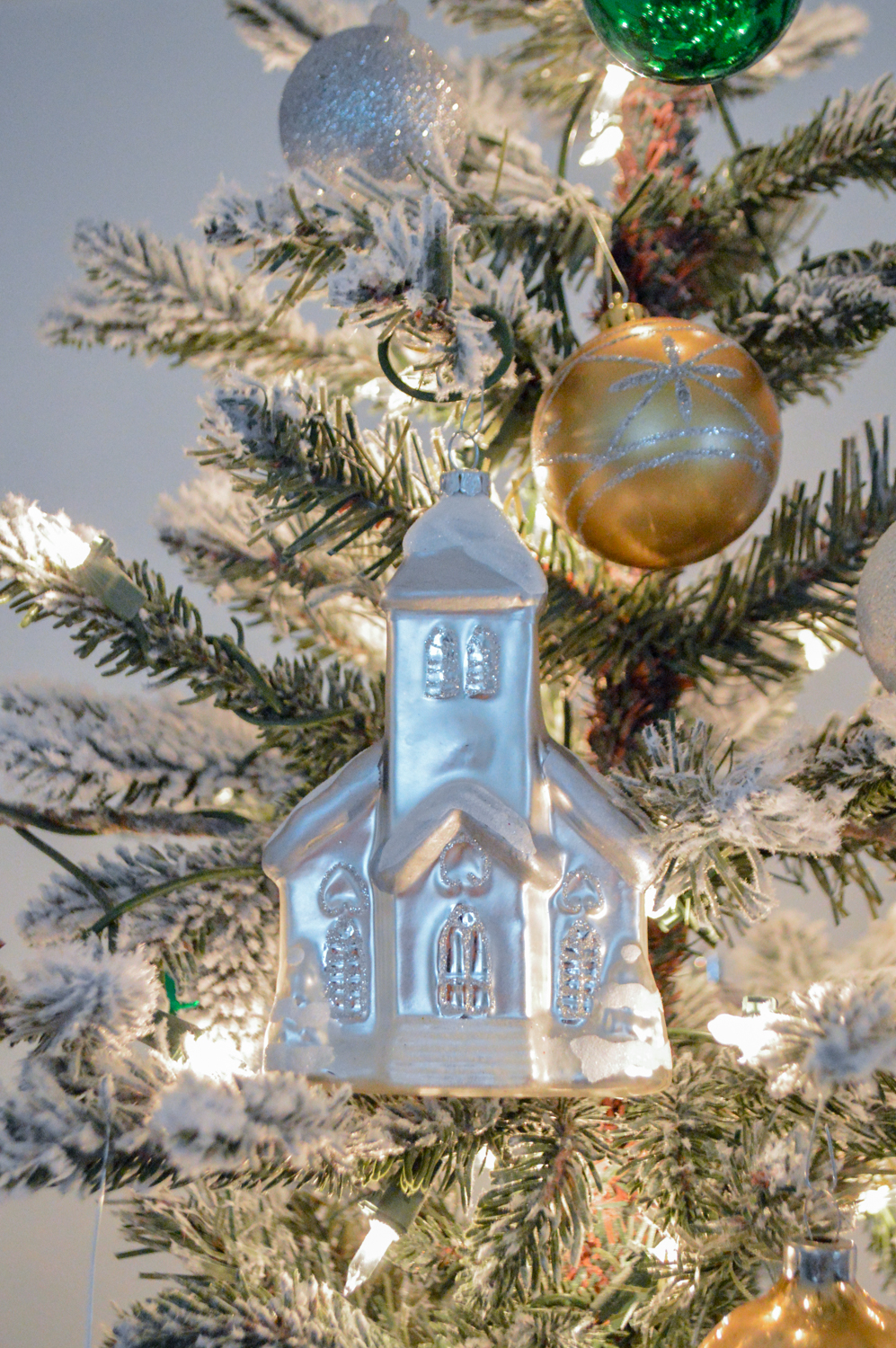 Lightly Flocked Natural Aspen Pine Christmas Tree in white gold green Fox Hollow Cottage www.foxhollowcottage.com 22