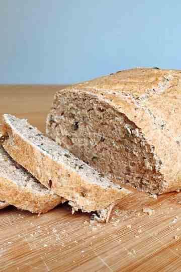 Zelfgemaakt volkorenbrood