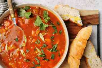 Tomaten linzen kikkererwten soep