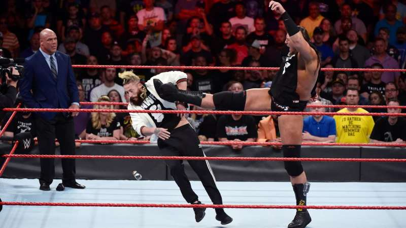Big Cass Cutting Dead weight: Turning Heel