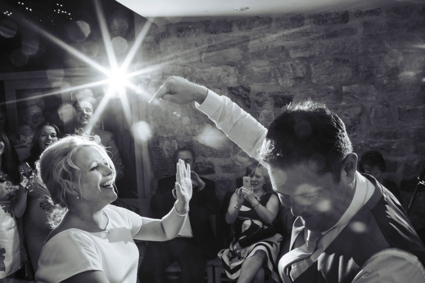 chilli-barn-wedding-photographer-otley-chevin-142