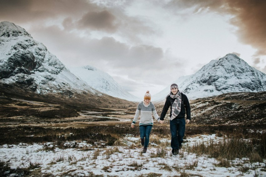 Scottish highlands natural engagement photography | Glen Coe | Snowy mountains