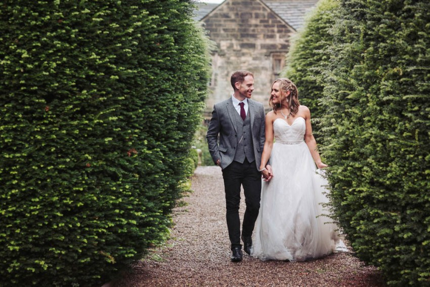 Oakwell Hall wedding photography | Yorkshire, Leeds, rustic barn wedding