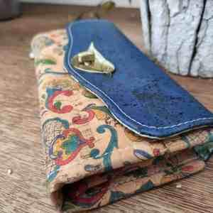 Kurk portemonnee blauw met vogelsluiting detail