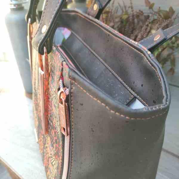 Handtas kurkleer, prachtig en uniek en maar 1 beschikbaar! zijkant