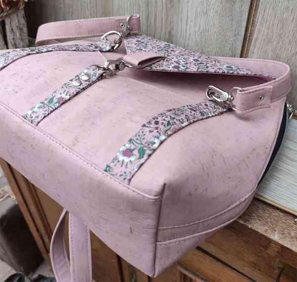 kurk schoudertas roze onderkant