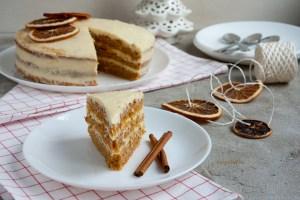 morkovnyj-tort-slivochnyj-syr