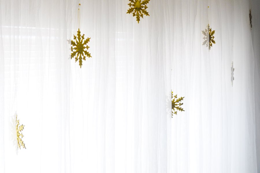 Glam Holiday Decor Ideas On A Budget
