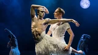 Matthew Bournes Schwanensee im Sadler's Wells Theatre