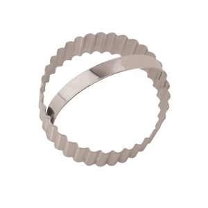 Eddingtons Round Stainless Steel Fluted Cookie Cutter