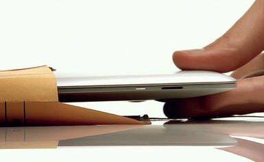 macbookair-flickr-appleseed.1200464207.jpg