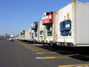 Refrigerated (reefer) containers by JAXPORT / Flikr, CC BY 2.0