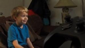 5歳のクリストファー君。KGTVのインタビューにて