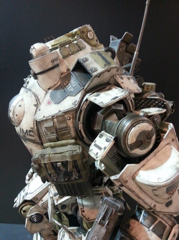ThreeZero-Titanfall-Atlas-at-Thailand-Toy-Expo-006
