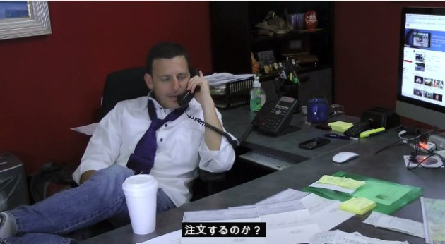 休憩動画:外国人が再現「日本人サラリーマン vs. アメリカ営業マン」