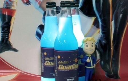 青白く発光する『Fallout 4』の人気ドリンク「ヌカ・コーラ クアンタム」がリアル販売へ、日本からも購入可能