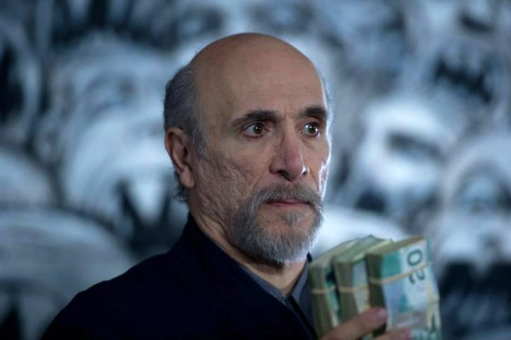 『スターゲイト SG-1 』や『ワンス・アポン・ア・タイム』のトニー・アメンドーラ氏がヨセフ・サリム博士として。