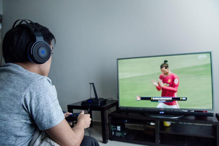 RAZER:PS4対応ワイヤレス サラウンドヘッドセット「Thresher Ultimate for PS4」など新製品5機種を12月23日に国内発売