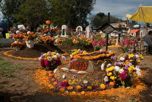 day-of-the-dead-graveyard