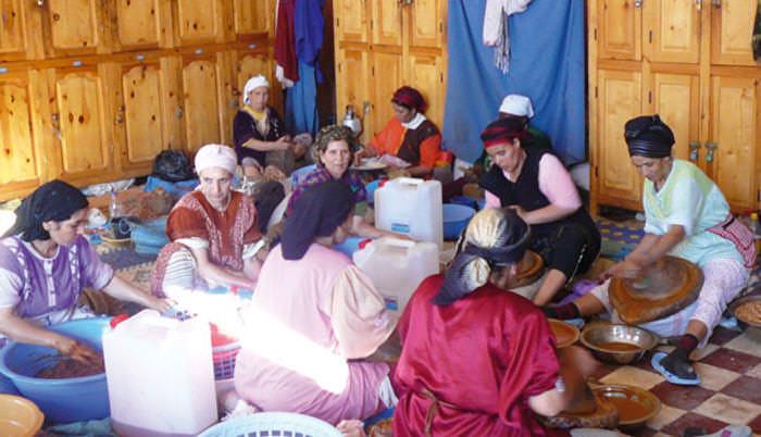 microfinance-Maroc-Femmes-cooperative-argan.jpg