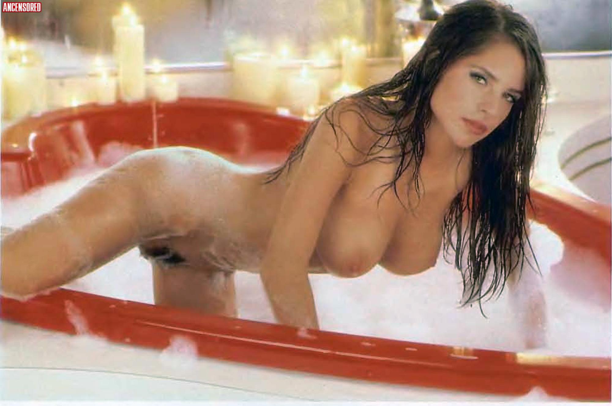 nackt Monaco Kelly Kelly McGillis