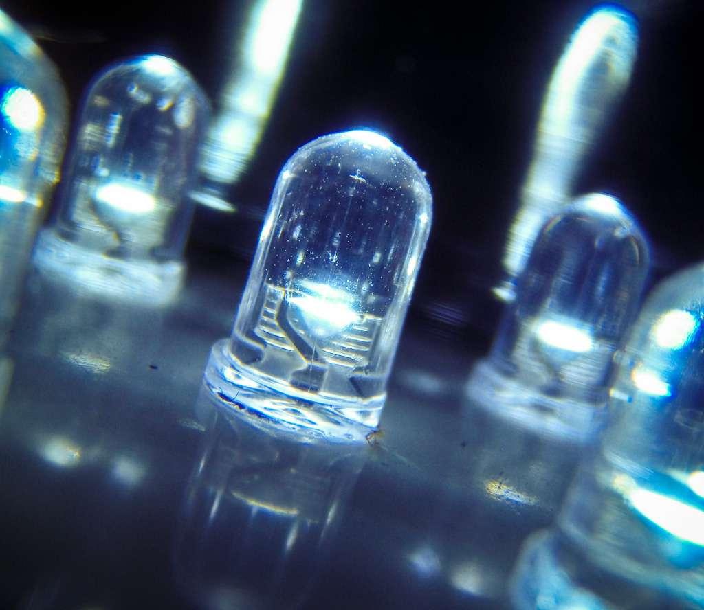 La technologie de transmission sans fil Li-Fi repose sur l'éclairage Led. Elle consiste à utiliser la modulation de lumière à haute fréquence pour coder et transmettre des informations. © Mike Deal, Flickr, CC by-nd 2.0