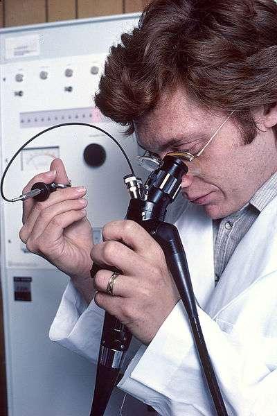 1852 : invention de l'endoscope par Desormeaux