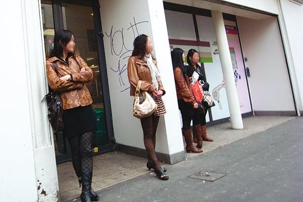 Chmeuses Pkin Prostitues Paris Chtelaine