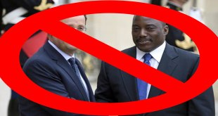 Sourire entre presidents français et congolais devant les journaliste au Palais de l'Elysée