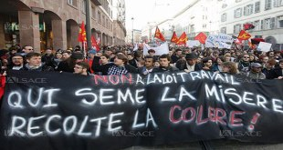 Photo des manifestants contre la loi travaille en France.