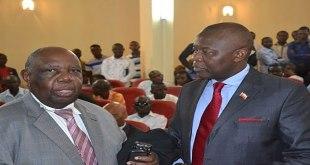 Photo d'un politicien congolais et son avocat a la cour supreme.