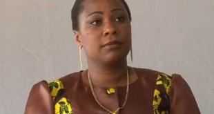 Premiere Dame, Marie-Olive Lembe, lors d'une conference de presse