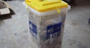 Elections en RDC, des bulletins dans l'urne