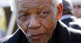 Nelson Mandela à Johannesburg, le 17 juin 2010.