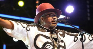 Papa WEMBA, last stage appearence in FEMUA festival, Abidjan, Cote d'Ivoire