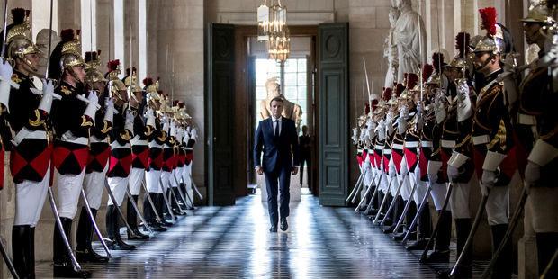 Emmanuel Macron lors de son entre au chateau de Versailles, juillet 2018